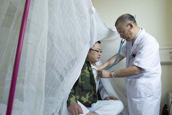 广东登革热病例突破1.6万 各医院被发热病人挤爆