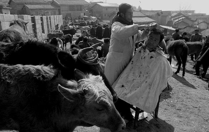 【在线影展】 汉族摄影师镜头里的彝人 纯朴而原始