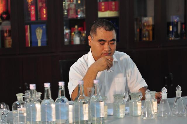 酿酒大师张良:中国白酒产业探索的睿智担当