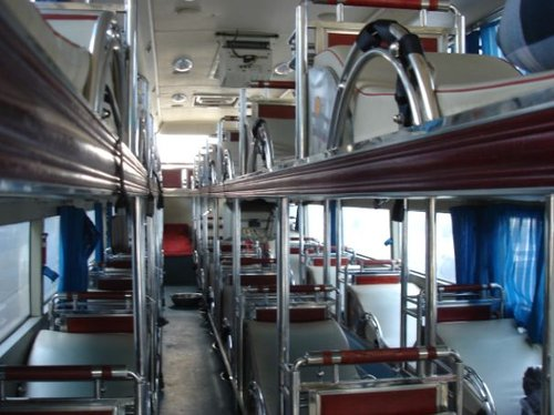 卧铺客车5年后退出市场 涉及3万辆车5000条线路