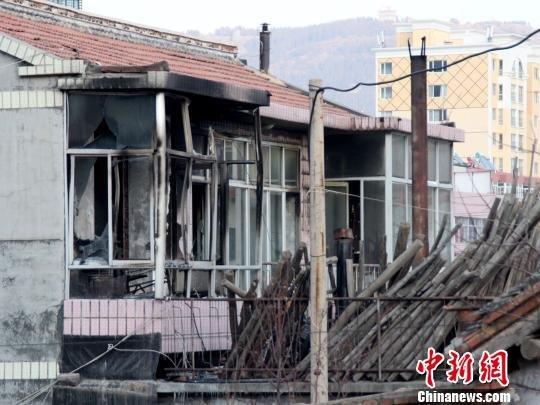 河北围场一老年公寓火灾致4死2伤 两责任人被控制