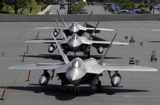 洛马继续生产F-22战机 最后一架年底下线(图)