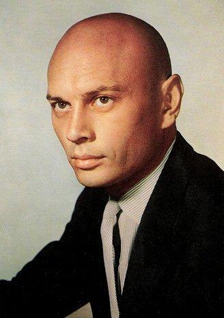 查韦斯自称将因化疗变秃子 否认将传位给亲人