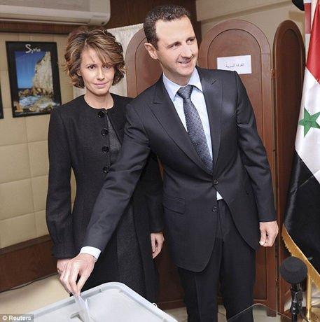 """叙利亚新宪法草案公投结果公布 西方""""不买账"""""""
