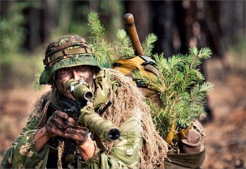 美媒:俄罗斯军队正在衰落 征兵困难腐败严重