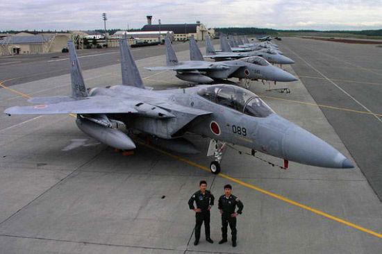 日媒:中日飞机在钓鱼岛对峙 日本飞机转身飞离