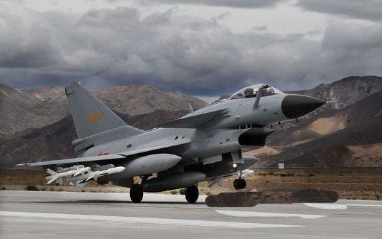 印媒称解放军在西藏演练闪电战 加速进攻准备