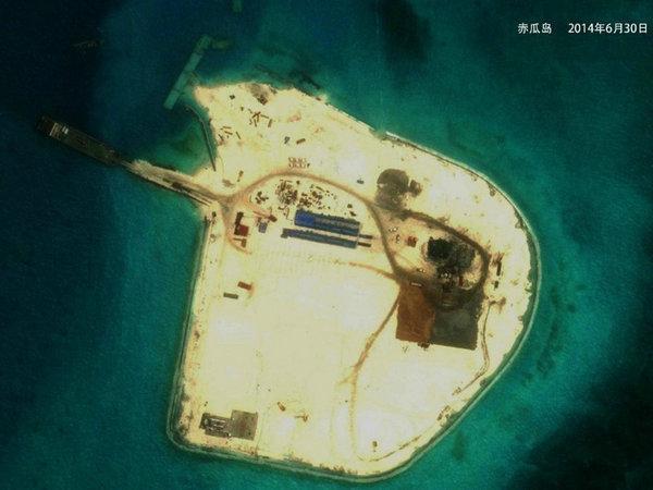 外媒:中国南海造陆会将海军基地前推850公里_