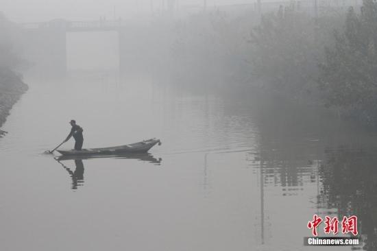 江苏广东等地雾霾加剧 空气达重度至严重污染