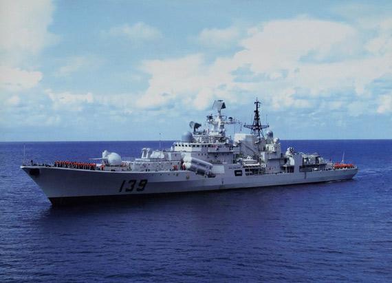 中国海军日本海实兵演练 遭他国军机抵近侦察