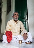 """在印度""""死亡旅馆""""等死:每人限住15天求解脱"""