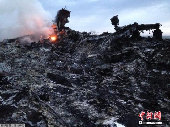 普京称乌政府要对马航事故负责 不应重启战事