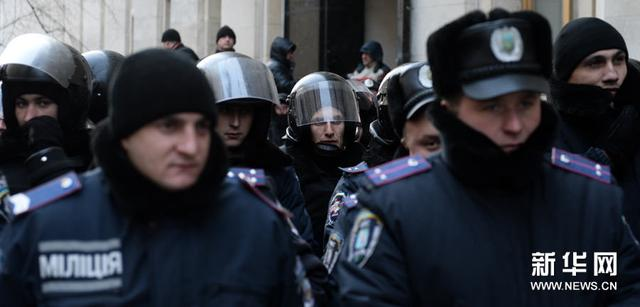 乌克兰两拨警员误将对方认作恶徒 枪战致5人口丧生
