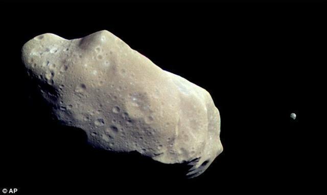 含1億噸白金小行星接近地球 價值逾5萬億美元