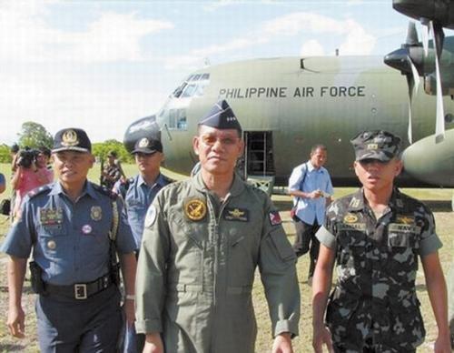 """菲律宾外长宣称中国南海问题立场""""站不住脚"""""""