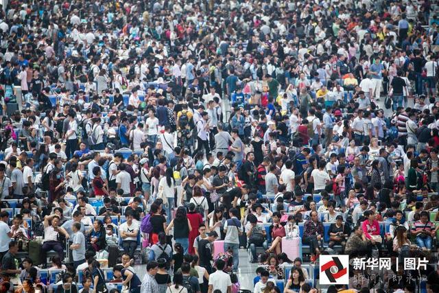 国庆黄金周18年:出游人数从2800万到5.89亿人次