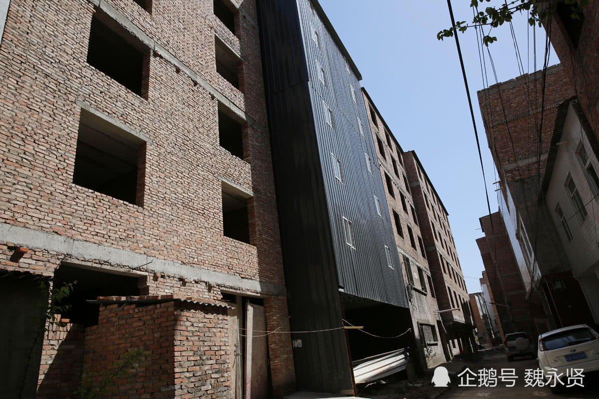 城中村等拆迁二楼加盖六层七层 街道变一线天