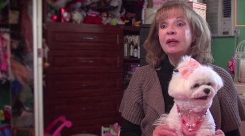 博拉斯尼(Rose Ann Bolasny)和爱犬贝拉米娅(Bella Mia)。
