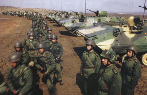 解放军第40集团军 (资料图)-陆军第40集团军某旅319人被问责 多人