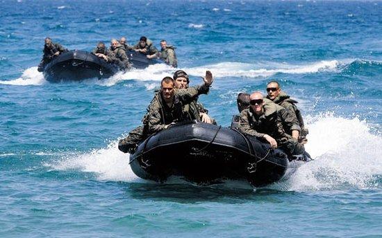 人民日报:美国务院有关南海声明暴露其阴险