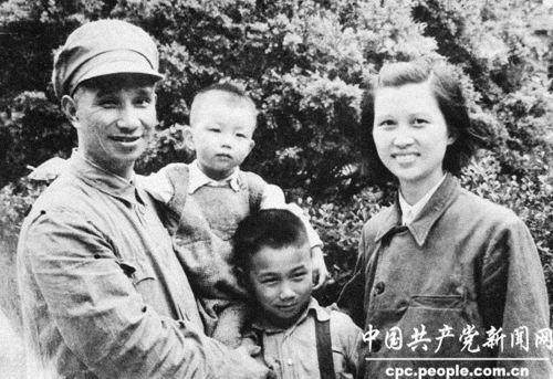 开国大将粟裕将军夫人楚青逝世 享年93岁