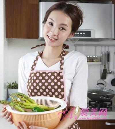 养生:春吃韭菜6大好处 这样挑选清洗最正确