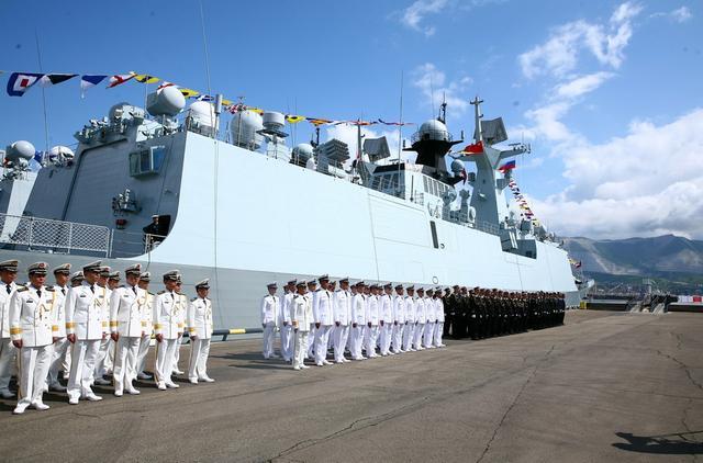 中俄或在南海联合军演 大批军舰参演不避敏感海域