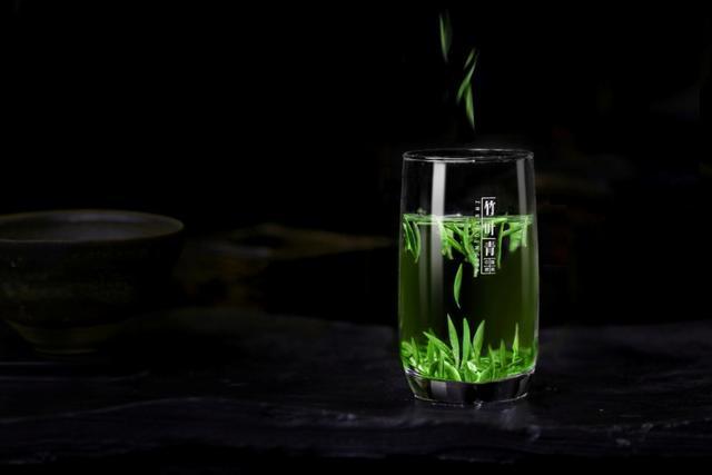 绿茶塑料瓶子手工制作