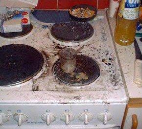 瑞典男子在厨房自制核反应堆被捕 承诺不就范
