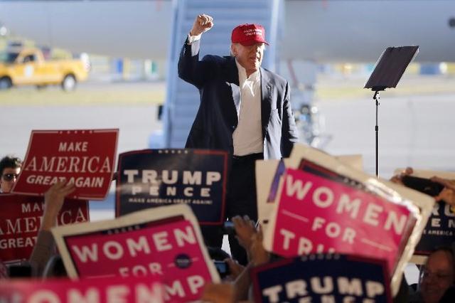 """美媒透视特朗普竞选""""最后一击"""":怕输、焦虑、心慌"""