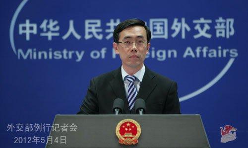 中方:黄岩岛事件因菲军动武袭扰中国渔民造成