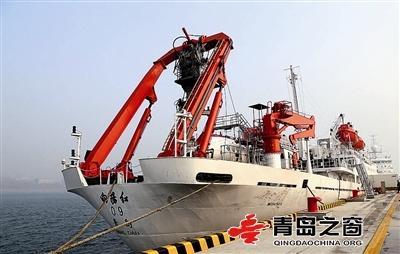 """""""三龙""""聚首!三大深潜器同时入驻国家深海基地"""