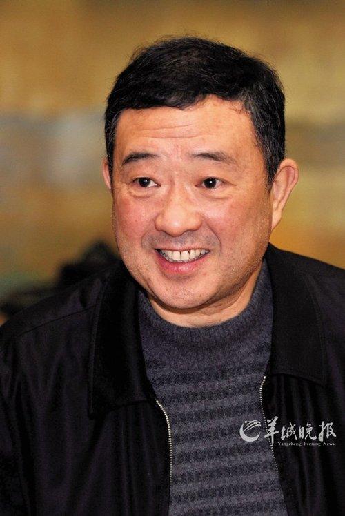 郑鄂代表谈司法公开:让法官成为公众人物(图)