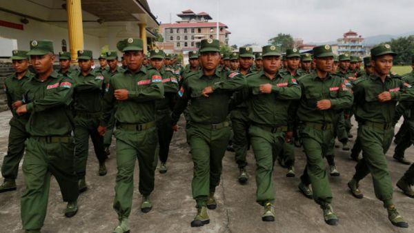 缅甸北部战事扩大政府军战机参战 4000难民逃入中国