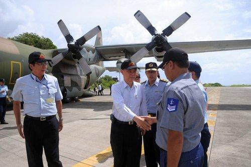 台官员称越南曾利用台风抢占台军南沙岛礁