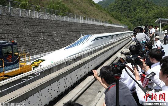 日本超导磁悬浮列车创时速590公里新纪录 日本超导磁悬浮列车创时速590公里新纪录 资讯
