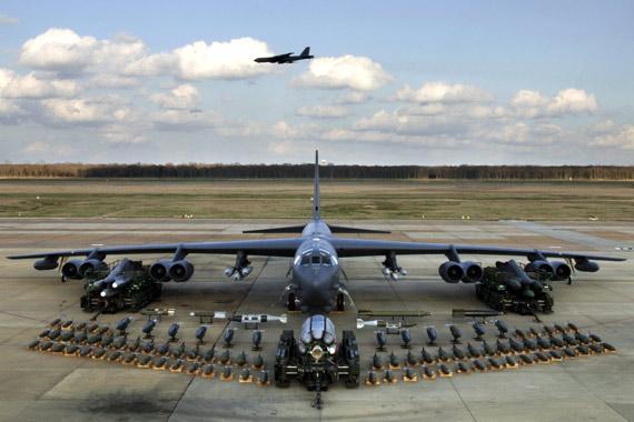 """美国空军""""末日飞机"""":总统的最后""""避难所"""""""