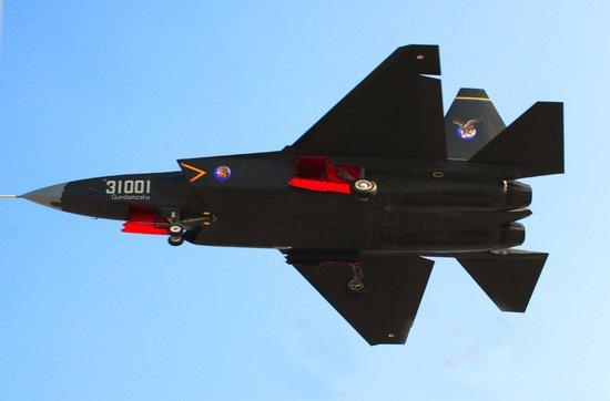 专家:歼31未来必将出口 与F-35争夺市场份额
