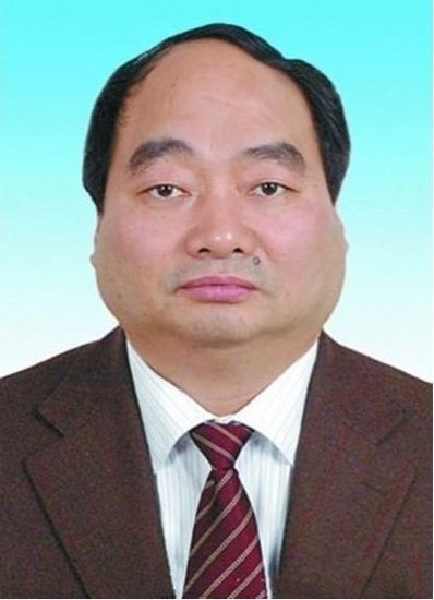 """中国青年报:不该对雷政富的""""长相""""过度解读"""