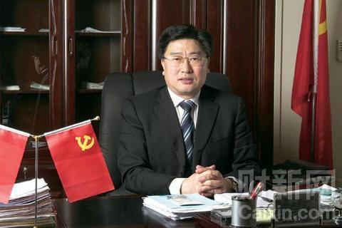 辽宁政协原副主席陈铁新被双开 与他人通奸
