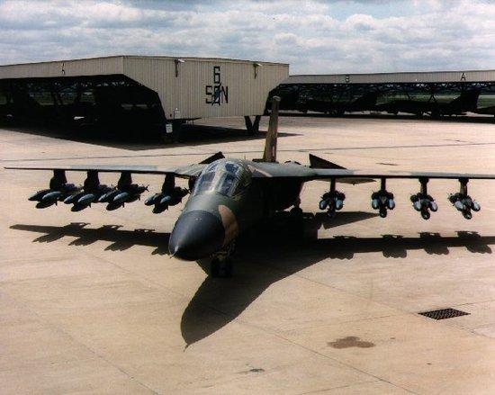 韩媒:中国应研重型战术轰炸机对抗美军航母