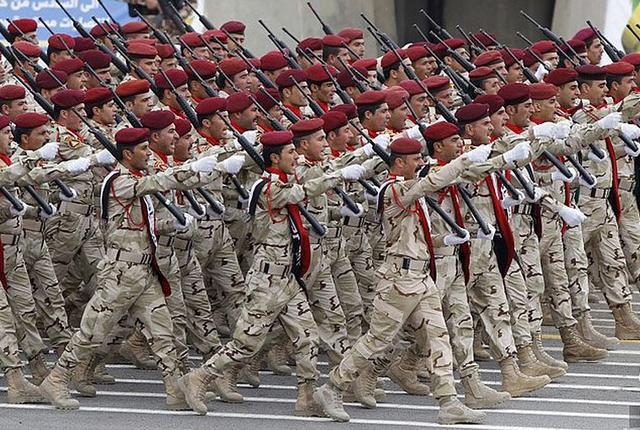 """伊拉克政府军击毙43名""""伊斯兰国""""武装分子"""