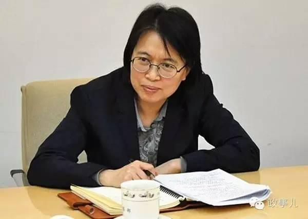 山西纪委书记通过谈话让1556官员主动交代问题