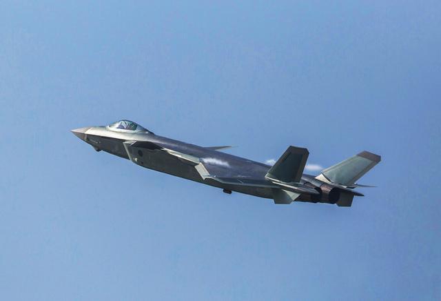 专家:歼-20或将打破西方垄断 影响力超F-22