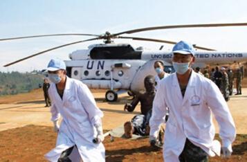 日本拟撤离埃博拉疫区医护人员 举动实属罕见