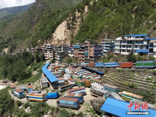 尼泊尔强震致西藏26人遇难 3人失踪