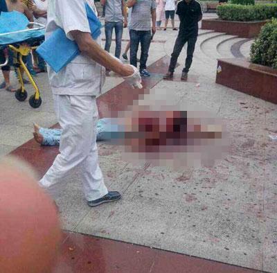 无锡砍人:无锡发生砍人事件 受害人可能遭割喉