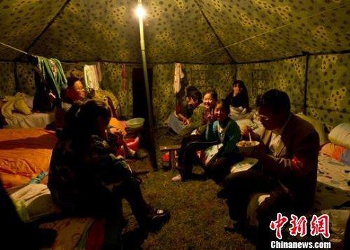 四川芦山震灾区电网基本恢复震前水平 重建启动