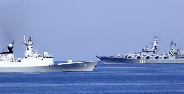 俄防长:中俄关系史无前例 军事合作是重中之重