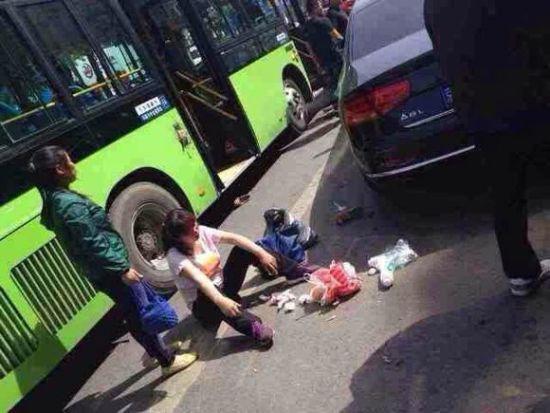 北京某高官儿子车祸_车祸现场